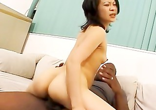 hes getting her pussy all wet