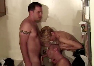 spouse catches wife- mmf