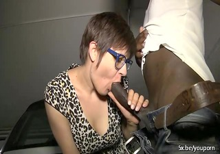 lise a french mature and 6 dark cocks