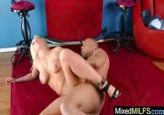 breasty milf like dark massive cock to ride