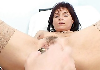 spruce milf bitch gets her old pussy examined by