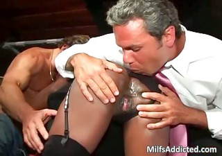 marvelous busty ebon d like to fuck acquires pussy